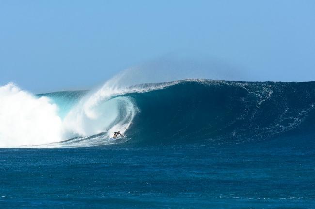 Surf en Cloudbreak, Fiyi.