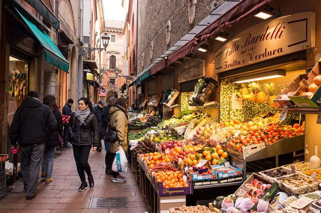 Antiguo mercado del Quadrilatero, Bolonia, Italia