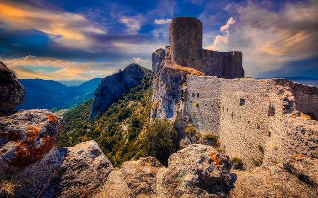 Castillo de Peyrepertuse, Pirineos franceses
