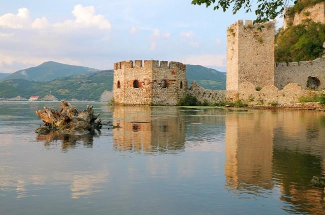Fortaleza medieval de Golubac, Parque Nacional de Đerdap, Serbia