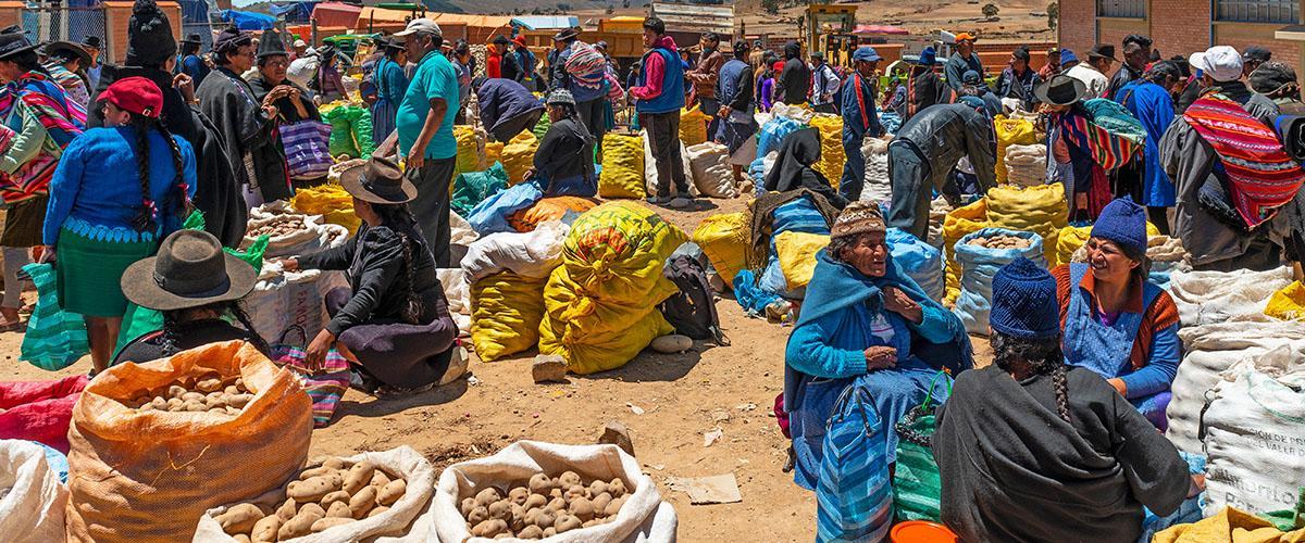 Mercado de Tarabuco, Bolivia