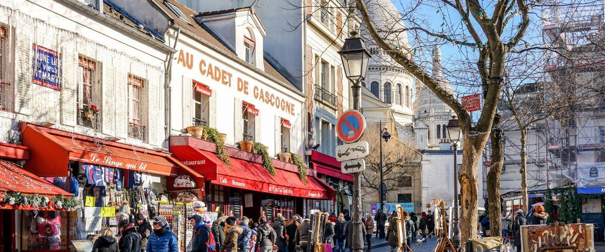 Mercadillo parisino en Île de France, París, Francia (Boris-B_Shutterstock)